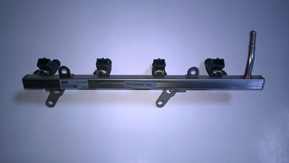 Picture of Fuel Rail With Injectors Serial Number 0280 156 417