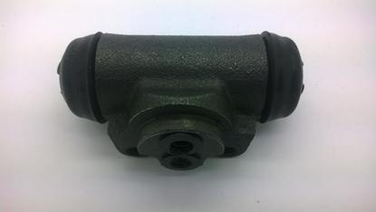 "Picture of Brake Cylinder Rear Right  ""V"" Series Models"