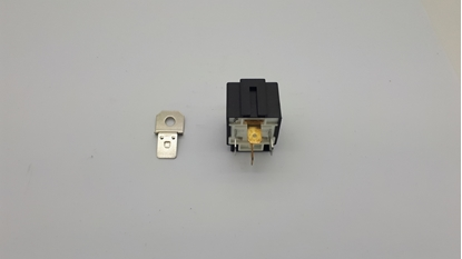 Picture of 20 Amp Fused Relay